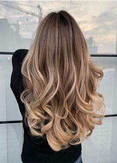 Oct 2019 - Just visit here and find our latest ideas of melted balayage hair colors and hairstyles for long hair to show off nowadays. Must visit here for more cute trends of latest hair colors else the given balayage shades. Brown Hair Balayage, Brown Blonde Hair, Blonde Hair With Highlights, Balayage Brunette, Hair Color Balayage, Light Brown Hair, Blonde Honey, Sandy Blonde, Medium Blonde