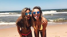 @oliviariedinger Cute Beach Pictures, Bff Pictures, Best Friend Pictures, Friend Photos, Bahamas Pictures, Beach Picture Poses, Lake Pictures, Photos Bff, Lake Photos