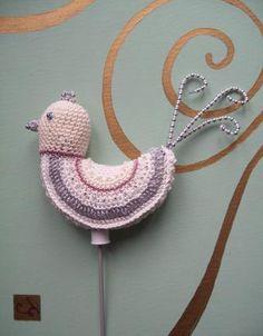 Christmas Bird Decoration - Free Pattern by Janie Crow! :)