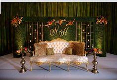Reception Stage Decor, Wedding Stage Design, Wedding Reception Backdrop, Ceremony Backdrop, Engagement Stage Decoration, Wedding Hall Decorations, Marriage Decoration, Indian Wedding Stage, Traditional Wedding Decor