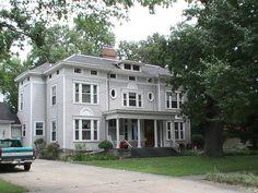 401 W Grove Street ~ Pontiac, IL