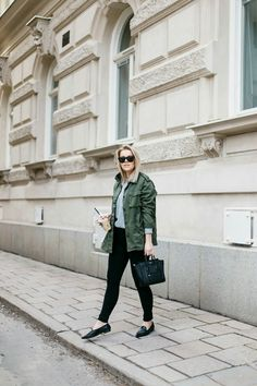 Green army jacket // grey college // black loafers // outfit by linda juhola