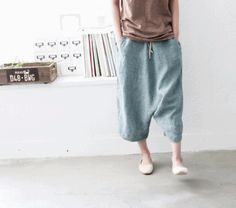 pants Simple Outfits, Casual Outfits, Harlem Pants, Baggy Clothes, Sewing Pants, Loose Pants, Linen Pants, Fashion Pants, Lounge Wear