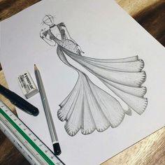 fashion sketches how to draw Fashion Drawing Tutorial, Fashion Figure Drawing, Fashion Drawing Dresses, Fashion Illustration Dresses, Dress Design Drawing, Dress Design Sketches, Fashion Design Sketchbook, Fashion Design Drawings, Fashion Model Sketch