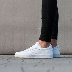 Women's Shoes sneakers Face Stockholm x Reebok Club C 85 AR1407
