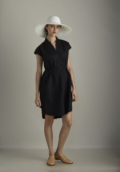 'Kowtow Organic and fairtrade cotton trace dress in black'