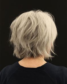 50 Best Hairstyles for Thin Hair Over 50 (Stylish Older Women Photos) Here are the best hairstyles for older women with thin fine hair. From short graduated bob to layered haircuts, these 50 women look so stylish! Haircut For Older Women, Bob Haircuts For Women, Thin Hair Haircuts, Layered Bob Hairstyles, Hairstyles Over 50, Modern Hairstyles, Short Hairstyles For Women, Cool Hairstyles, Shaggy Hairstyles