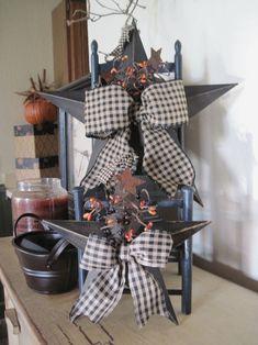 Primitive Crafts, Primitive Country Decorating, Primitive Labels, Primitive Decorations, Primitive Stars, Country Star Decor, Country Crafts, Star Decorations, Patriotic Decorations