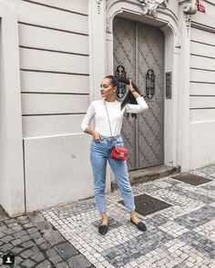 Feeling Fine, One Color, Colour, Cute Casual Outfits, Spring Outfits, Mom Jeans, Style Inspiration, Pants, Instagram