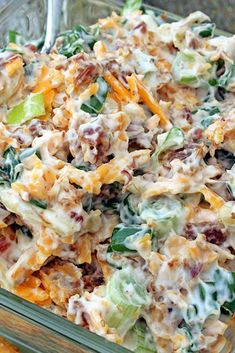 Neiman Marcus Dip or in The South it is known as Get Your Man Dip. This dip sounds really good!!! Easy and quick to make! #dip #partyfood #easyrecipe via @Flavoritenet Appetizer Dips, Yummy Appetizers, Appetizers For Party, Appetizer Recipes, Neiman Marcus Dip, Great Recipes, Favorite Recipes, Easy Dip Recipes, Cold Dip Recipes