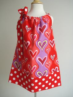 Sale Girls Pillowcase Dress Wavy hearts perfect for by babyharrill, $17.00