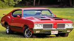 1970 Olds 442 W30. Awesome American Muscle Car!    If you like click to repin or like my photo.    Also, I'd like to suggest my site about gift ideas http://ideiadepresente.com called Ideia de Presente