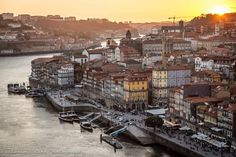 #portoportugal #porto #spon_reise #travelawesome #travelphotography #instatravel #lonelyplanet #natgeotravel #travelandleisure #travelgram #instatraveling #wanderlust #doyoutravel #passionpassport #europe #europa #eurotrip #ilovemarkets  #oporto #bbctravel #mytravelgram #bbctravel #tripadvisor #douro #douroriver #bridge #ship #sunset #beautiful by victoriawlakaphotography