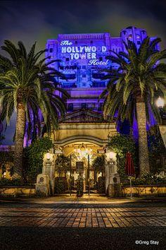 The Twilight Zone Tower of Terror DCA Disneyland Disney California Adventure… Parc Disneyland Paris, Disneyland World, Vintage Disneyland, Disneyland Resort, Attractions Disneyland, All Disney Parks, Walt Disney World, Disney Land, Disney Facts