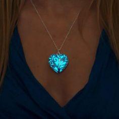 Blue Glow Necklace - Blue Jewelry - Blue Necklace - Gift for Mom - Gift Mom - Gi. Blue Glow Necklace – Blue Jewelry – Blue Necklace – Gift for Mom – Gift Mom – Girlfriend Cute Jewelry, Jewelry Gifts, Jewelry Accessories, Jewelry Necklaces, Jewlery, Hemp Jewelry, Body Jewelry, Necklace Ideas, Dainty Jewelry