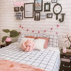 Room Design Bedroom, Apartment Bedroom Decor, Girl Bedroom Designs, Room Ideas Bedroom, Cute Apartment, Girls Bedroom, Study Room Decor, Tumblr Rooms, Cozy Room
