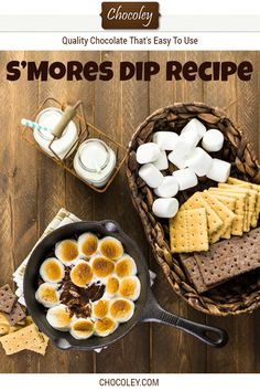 S'Mores Dip (Made in the Oven) Recipe Baked S'mores Dip Recipe (Made in Oven). This easy smores dip recipe is baked for just a few minutes in the oven in a cast iron skillet or other non-stick baking pan. It's made with luscious chocolate (da Chocolate Treats, Delicious Chocolate, Chocolate Recipes, Delicious Desserts, Graham Cracker Dip, Graham Crackers, Oven Recipes, Dip Recipes, Smores Dip Recipe