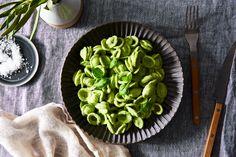 Basil Cashew Cream Sauce Recipe Pasta Recipes, Vegan Recipes, Food52 Recipes, Alkaline Recipes, Lunch Recipes, Free Recipes, Cream Sauce Recipes, Basil Pasta, Basil Sauce