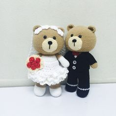 Will u marry me? #teddybear #bear #craft #bride #wedding#amigurumi #crochet #crocheted #crochettaddict #handmade #handcraft #happy #yarn…