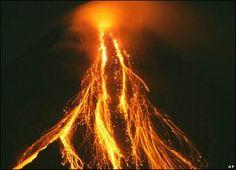 Google Image Result for http://newsimg.bbc.co.uk/media/images/41437000/jpg/_41437737_ap_volcano2_416.jpg