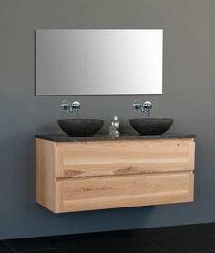 Mooi badkamermeubel van hout met natuurstenen blad & kommen.