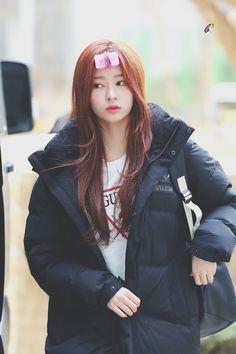 K-Pop Babe Pics – Photos of every single female singer in Korean Pop Music (K-Pop) Yu Jin, Japanese Girl Group, Bts And Exo, Kim Min, Soyeon, Popular Music, The Wiz, Girls Generation, Korea