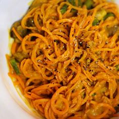 "Raw Food Recipes: Sweet Potato Noodles with Roasted Red Pepper ""Cream"" Sauce - Shape Magazine"