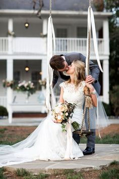 A chic Southern wedding with charming family heirlooms by Nyk + Cali, Wedding Photographers. Perfect Wedding, Our Wedding, Dream Wedding, Wedding Hair, Wedding Stuff, Classic Wedding Dress, Wedding Dresses, Wedding Styles, Wedding Photos