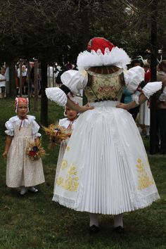 Folk Costume, Costumes, Beautiful Patterns, Traditional Outfits, Culture, Embroidery, Hana, Czech Republic, Clothes