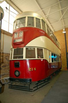 Tram at the James Hall Museum of Transport , Wemmer Pan, Johannesburg Johannesburg Skyline, A Moment In Time, Historical Pictures, Cityscapes, Buses, Exhibit, South Africa, Trains, Transportation