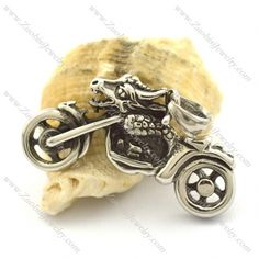 p002036  Item No. : p002036 Market Price : US$ 28.20 Sales Price : US$ 2.82 Category : Biker Pendants