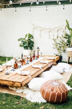 Dreamy Backyard Bohemian Dinner