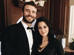Forget about a lengthy engagement. Sam Hunt isn't going to let fiancée Hannah Lee Fowler slip through his fingers again.   Sam and Hannah Lee got engaged over the Christmas holiday, and it sounds like they've already scheduled a wedding date in the near future.   During the annual Universal Musi