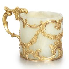 A Fabergé Gold-Mounted Bowenite Small Cup, Workmaster Michael Perchin, St. Petersburg, circa 1890   lot   Sotheby's