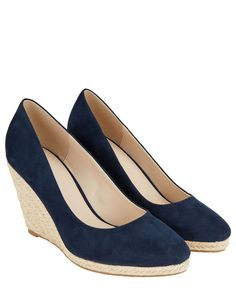 Kate Middleton wedges by Monsoon London Duchess of Cambridge and Pippa Middleton similar styles. Wedges Outfit, Wedge Heels, High Heels, Cute Wedges, Kate Middleton Wedges, Pippa Middleton, Shoes For Less, Wedges, Sneakers