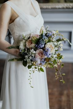 Elegant and classy ideas for a mansion wedding in Devon, images by Tara Statton Photography (21)