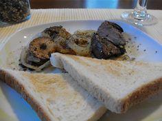 Rehleber+Zwiebel+Knoblauch+Salz+Pfeffer+Toast+Rotwein