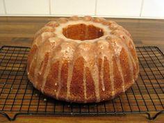 Herkkuja leipomassa: Appelsiini- & kardemummakakku/ Orange & Cardamom…