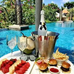 Image uploaded by Find images and videos about luxury and luxe on We Heart It - the app to get lost in what you love. Photo Instagram, Instagram Posts, Luxury Food, Moet Chandon, Luxe Life, Food Platters, Indonesian Food, Luxury Lifestyle, Love Food