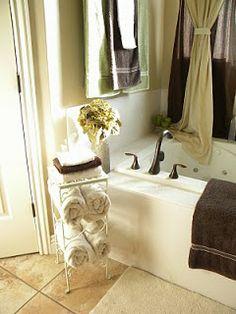 Use Wine Rack as Towel Holder -cute repurposing idea!