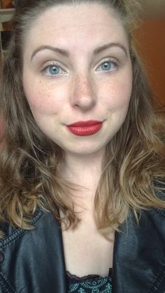 Simple look with a pop lip!