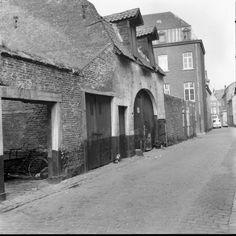 Zicht Raamstraat uitlopend op Boschstraat.