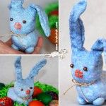Тhis sock bunny can be a wonderful decoration for your Easter basket but it can also serve as a soft toy for younger kids.