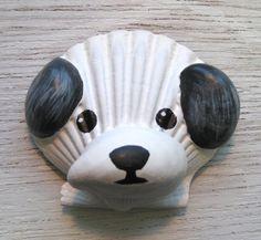 Shitzu Magnet. White and black shitzu seashell by Lorishellart
