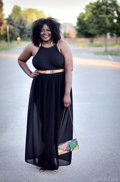 Turn your swimsuit into something fancy and wear it right from the beach to dinner. #Closetremix #swimwear #beachstyle #plussize #maxi skirt #allblackoutfit #mycurvesandcurls