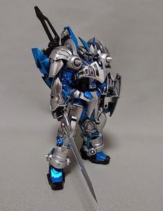 1/144 Gundam Astray Blue Frame Knight - Custom Build