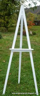 Growing in Grace: Easels for Painting and Story Telling - Pallet Furniture DIY Diy Easel, Wooden Easel, Wooden Diy, Wooden Pallets, Diy Tripod, Diy Halloween Dekoration, Diy Wedding Backdrop, Diy Wedding Easel, Wedding Signs