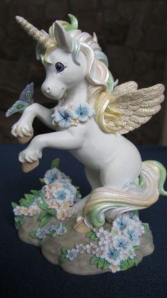 Hamilton Collection Rainbow Dreams Collectible Unicorn Figurine