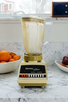 How To Easily Clean a Blender In 30 Seconds (Without Taking It Apart)