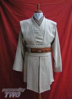 12 best diy jedi costume images on pinterest diy jedi costume darker shirt then lighter tunic then light shoulder pads and waist wrap obi then double belts find this pin and more on diy jedi costume solutioingenieria Choice Image